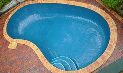 fully tiled pool